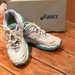 ASICS Gel Nimbus 16 Size 8 2A Width